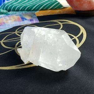 "Mother Nature Accents - 🌠Reiki Charge🌠 quartz milky/clear mix 4.75"""